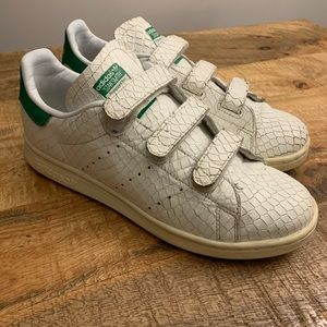 Unique Stan Smith With Snake Print Effect & Velcro